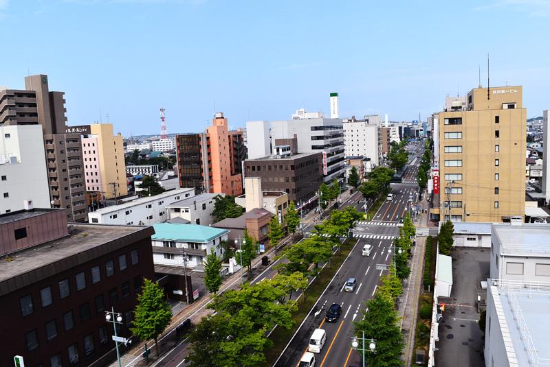 秋田竿灯大通り